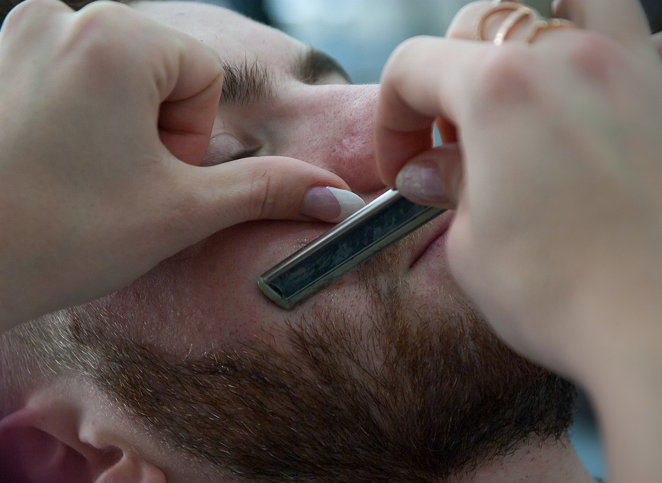 Barbier et barbe
